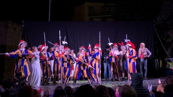'Habemus i punt' guanya el concurs de comparses de la rua del Carnaval de Sant Cugat