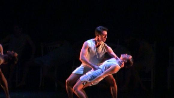 La jove companyia IT Dansa apropa amb humor la dansa contemporània al Teatre-Auditori
