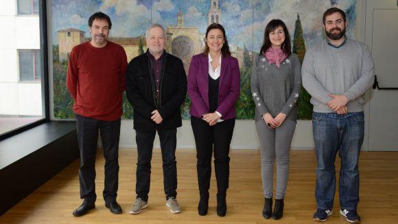L'Ajuntament ha signat un conveni amb els instituts Joaquim Pla i Farreras, Arnau Cadell i Angeleta Ferrer i Sensat / Foto: Localpres
