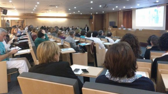 Unes 200 persones participen a la jornada de seguretat del pacient de l'HUGC, centrada en la comunicació