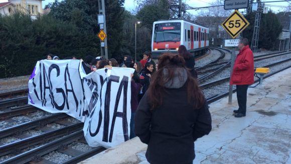 Compromís municipal contra la violència masclista als trens de FGC
