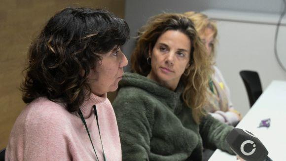 Mercè Álvarez, responsable de l'OMIC, i la tinenta d'alcalde Joana Barbany / Foto: Localpres