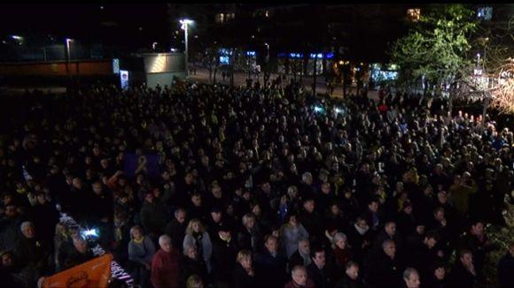 2.000 persones diuen a Sant Cugat 'ni un pas enrere' en suport als 'presos polítics'
