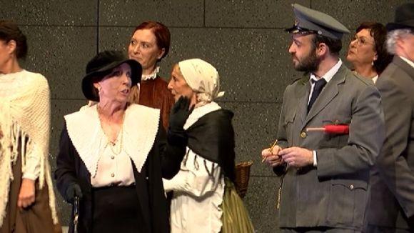 'La vida en un tren' omple el Teatre-Auditori per celebrar el centenari del tren a Sant Cugat