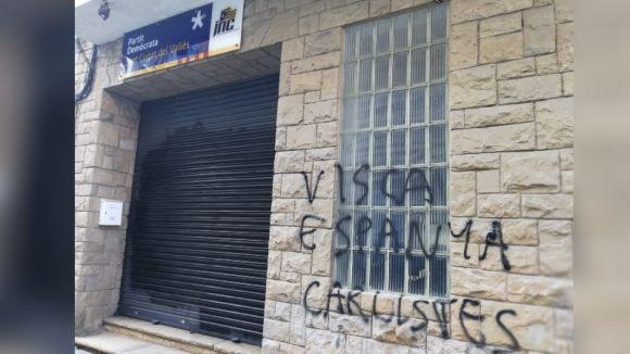 La seu del PDeCAT de Sant Cugat pateix un nou acte vandàlic