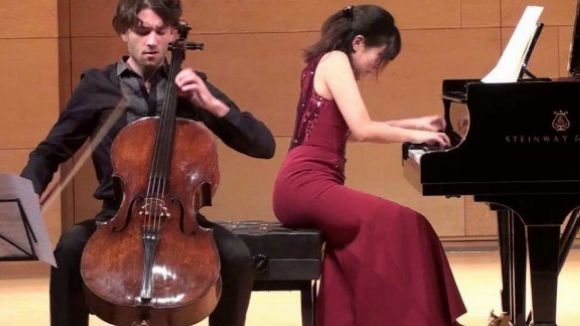 Morelló i Ishii en un concert