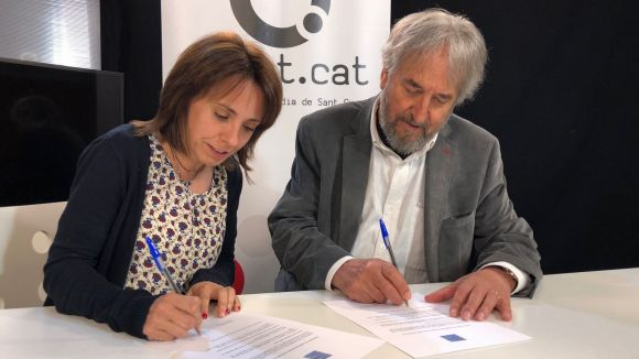 Mònica Lablanca i Josep Canals, en el moment de la signatura del conveni