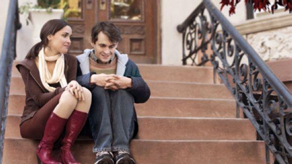 'Adam' està protagonitzada per Hugh Dancy y Rose Byrne / Foto: FillmAffinity