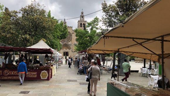 Els aliments artesans i ecològics tornen a omplir la plaça d'Octavià per la Fira de Sant Ponç