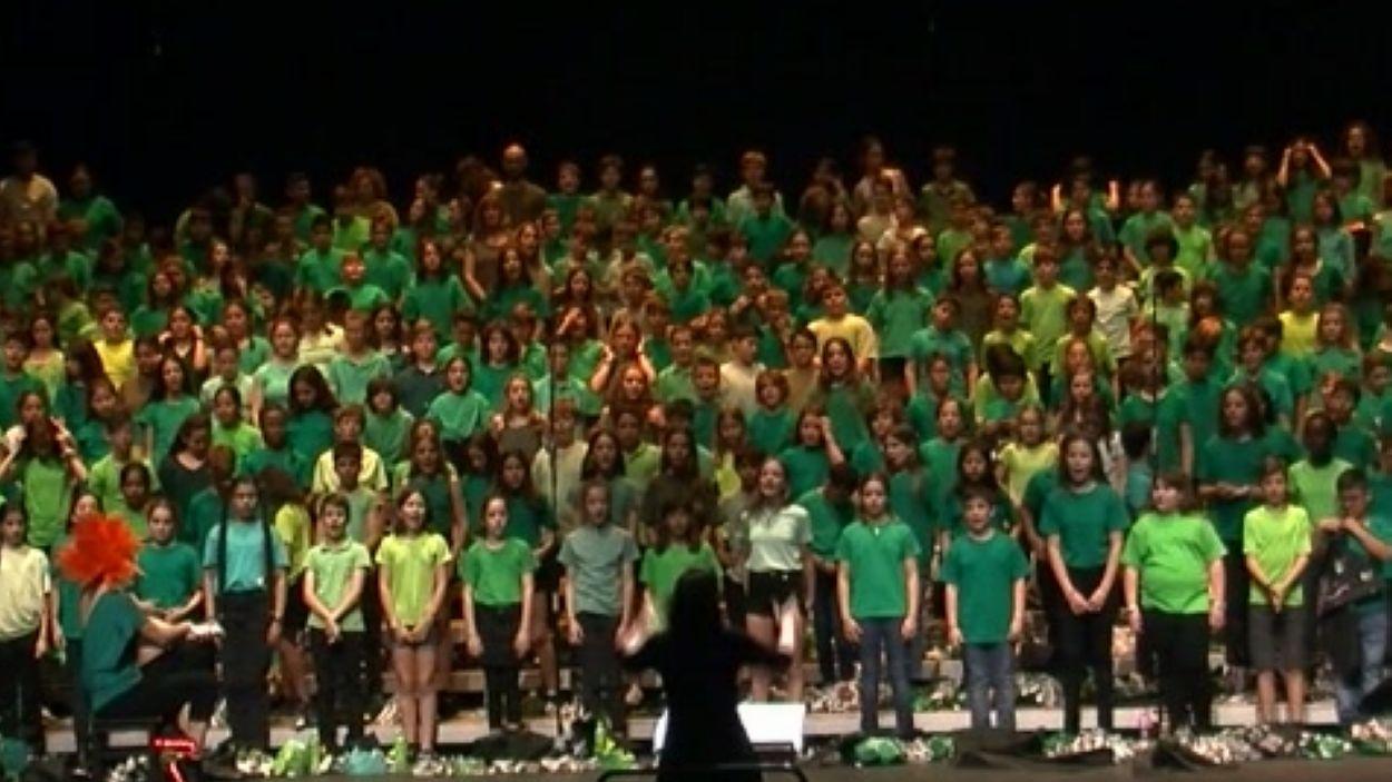 Imatge de la Cantània Virtual al Teatre Auditori / Font: Cugat Mèdia