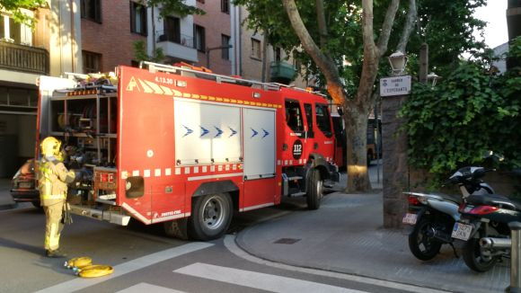Petita fuita de gas per unes obres a Lluís Companys