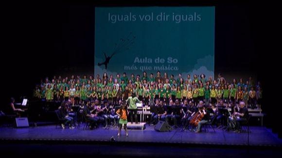 Els cantaires d'Aula de So fan una crida per la igualtat al Teatre-Auditori