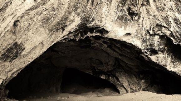 La cova del Tabac vista per la càmera Marcel Albet al Deustche Bank