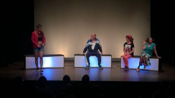 Fila Zero reflexiona sobre la soledat de les persones a la societat amb l'obra 'Auto' al Teatre de Mira-sol