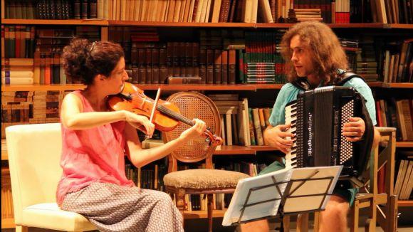 Duo de Vellut consta d'un acordió i un violí de cinc cordes / Foto: Duo de Vellut