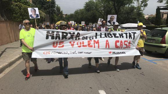 La Marxa de la Llibertat reclama a peu de carrer l'alliberament dels 'presos polítics' i la República