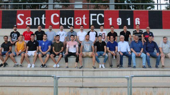 Imatge dels integrants del primer equip del Sant Cugat FC