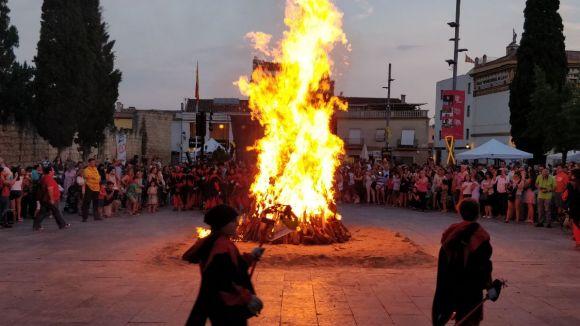 L'esport de Sant Cugat i la Flama del Canigó encenen una revetlla de Sant Joan reivindicativa