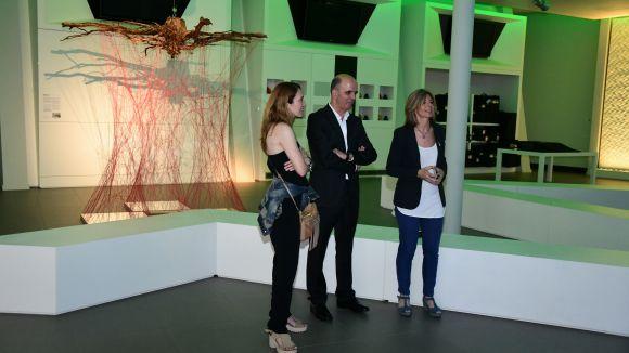 iGuzzini presenta la seva interpretació de la instal·lació artística 'Hub trees', de Núria Benet