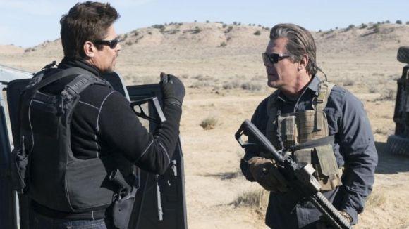 Josh Brolin i Benicio del Toro a 'Sicario: El día del soldado' / Foto: IMDb