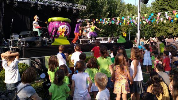 Un Parc Central ple a vessar dóna la benvinguda a l'espai Food&Fun amb el concert del Pot Petit