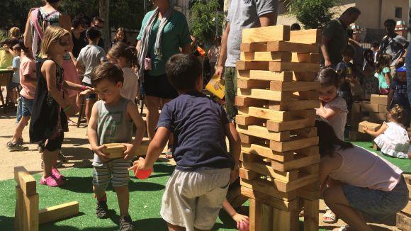 Les propostes infantils i el 'Vermut de canya' omplen el matí de Sant Pere