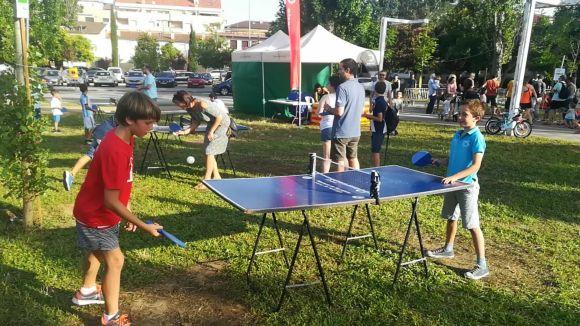 La 17a Festa de l'Esport al Carrer omple el parc de Can Vernet d'activitats físiques i diversió
