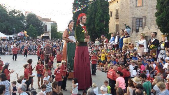 En Joan i la Marieta fan d'amfitrions a la 32a Trobada Gegantera de Sant Cugat