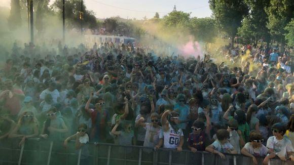 La Festa Holi, música i colors al ritme dels DJ locals Sparky i Loop