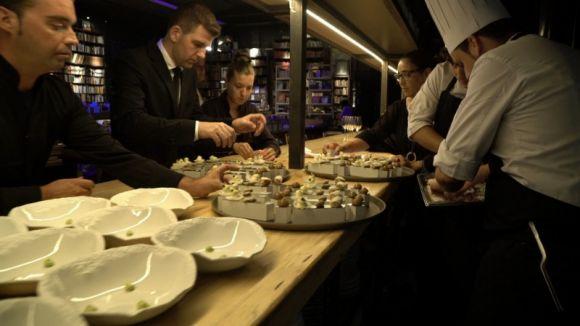 Imatge de la preparació del sopar per part del Celler de Can Roca / Foto: Mercantic