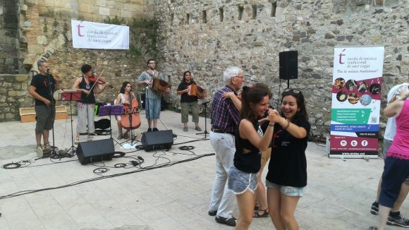 Els Punts de Trobada de l'EMTSC uneixen artistes i públic per promocionar la música tradicional