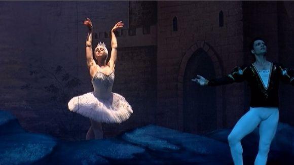 La lluita entre el bé i el mal fa vibrar el Teatre-Auditori amb 'El Llac dels Cignes'