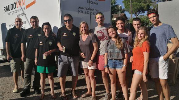 Una família valldoreixenca reuneix 2.000 quilos de roba i sabates per a Lesbos, Ceuta i Melilla