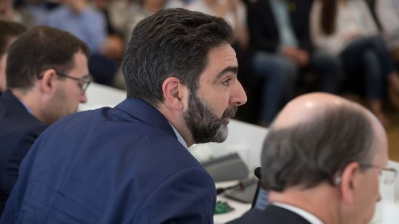 El portaveu de Cs, Aldo Ciprian, a la sala de plens / Foto: Localpres