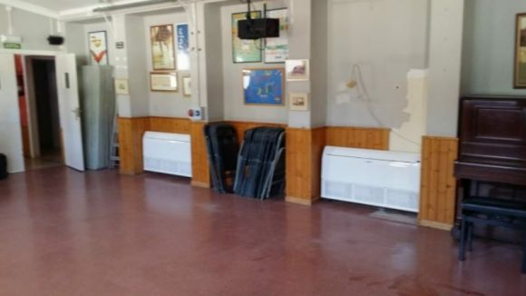 Treballs de millora en l'aire acondicionat del Casal de Cultura de  Valldoreix