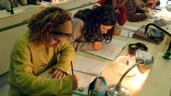 Alumnes de l'institut Angeleta Ferrer / Foto: Web de l'Ajuntament