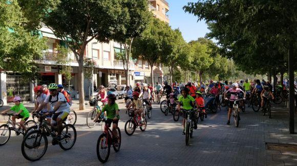 Una pedalada passant per la Rambla del Celler / Foto: Cugat Mèdia