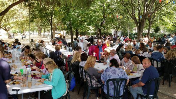 El barri del Monestir - Sant Francesc posa de manifest amb la Festa Major la germanor entre el veïnat