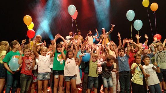El Petits Camaleons convenç grans i petits amb un cap de setmana amb més de 100 actuacions