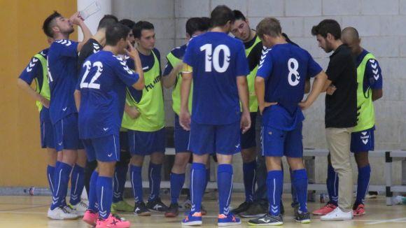 Els jugadors de l'Olímpic durant un partit / Foto: Cugat.cat