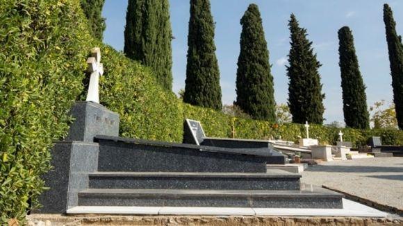 L'autobús fa un circuit tancat fins al cementiri / Foto: Cementiri Sant Cugat