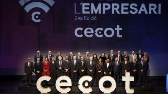 Foto de família dels guardonats / Foto: Twitter Cecot