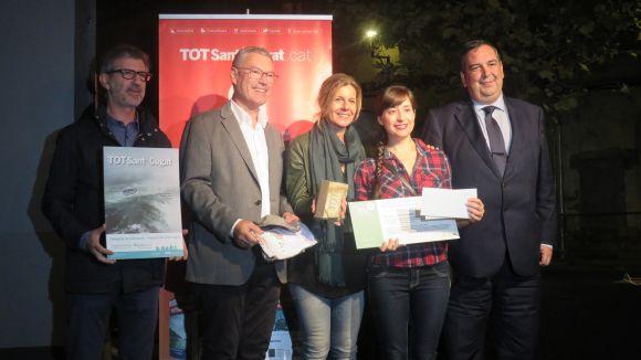 Jana Foraster guanya el primer premi del concurs Tot Fotoportada