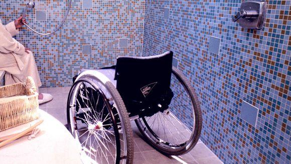 Les dutxes adaptades, una de les millores que pot oferir el programa / Foto: Gencat.cat