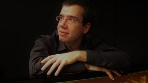 Concert: Josep Garcia, piano. Feat. Maria Pascual, piano