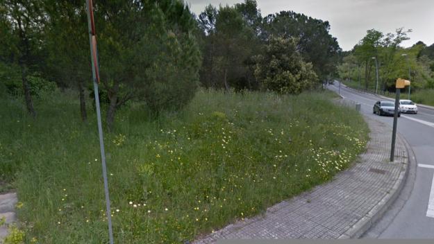 Una de les últimes zones verdes expropiades és al creuament entre el carrer de Llaceres i la Rabassada / Foto: Google Maps
