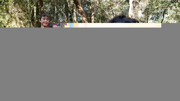 Un centenar de famílies enceten les festes de Nadal amb la cacera del tió