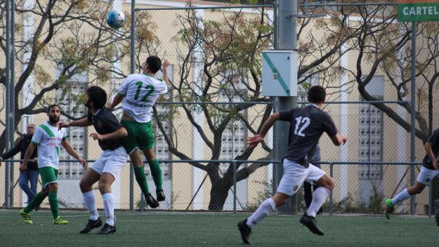 El Valldoreix FC i el Young Talents es veuen les cares amb el descens a tocar