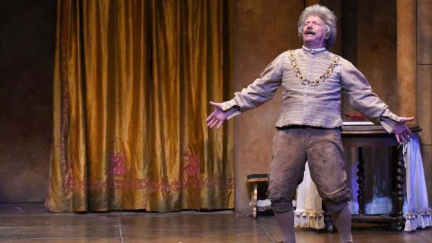 'El Fantasma de Canterville' de Joan Pera abaixa el teló a un Teatre-Auditori ple