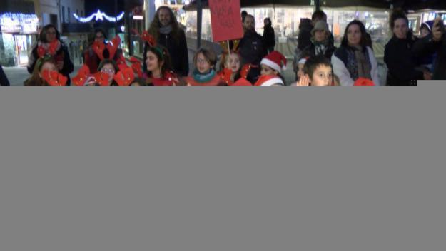 Les 'Nadales al carrer' omplen Sant Cugat d'esperit nadalenc